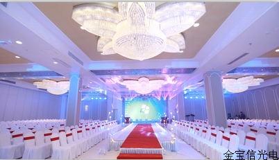 湖北赤壁圣维拉酒店宴会厅室内P4全彩显示屏51平米