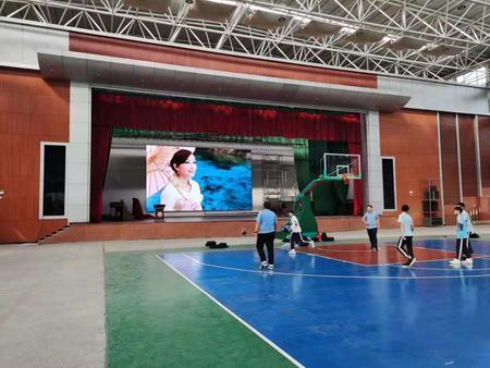 东莞塘厦初级中学室内P3全彩屏81平米
